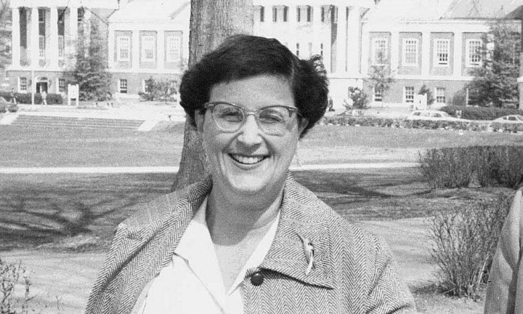 Jean E. Sammet - İsimlerini Tarihe Altın Harflerle Yazdıran 11 Bilim Kadını